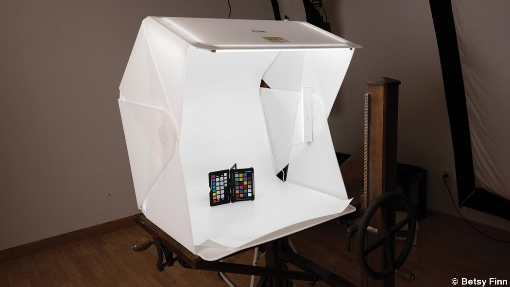 A Light Box and Portable Studio for Portrait Photographers